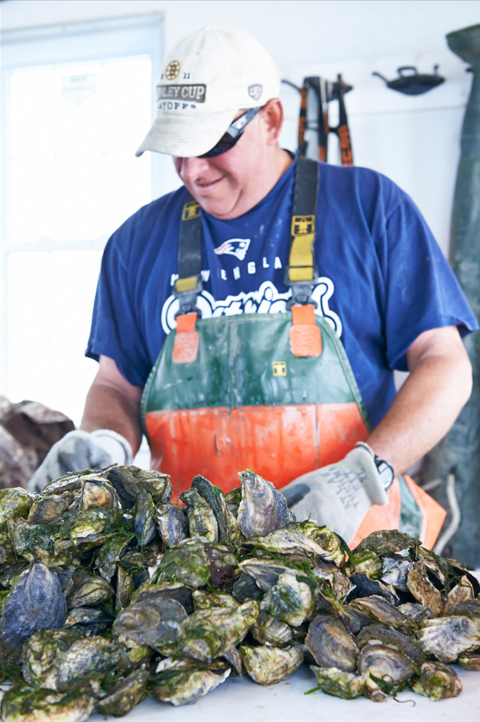 Heath_Robbins_Personal_2013-05-28_Island_Creek_Oysters_Seconds_456